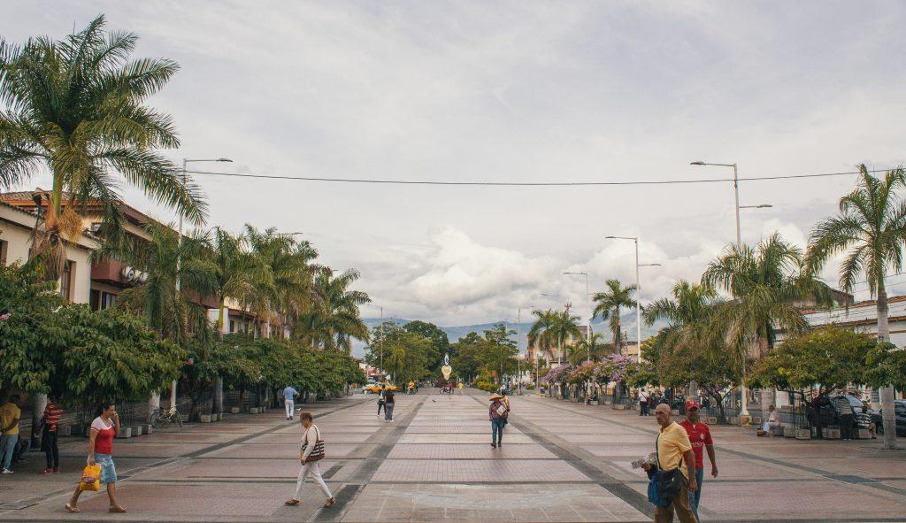 Paso peatonal fuera de la Basílica