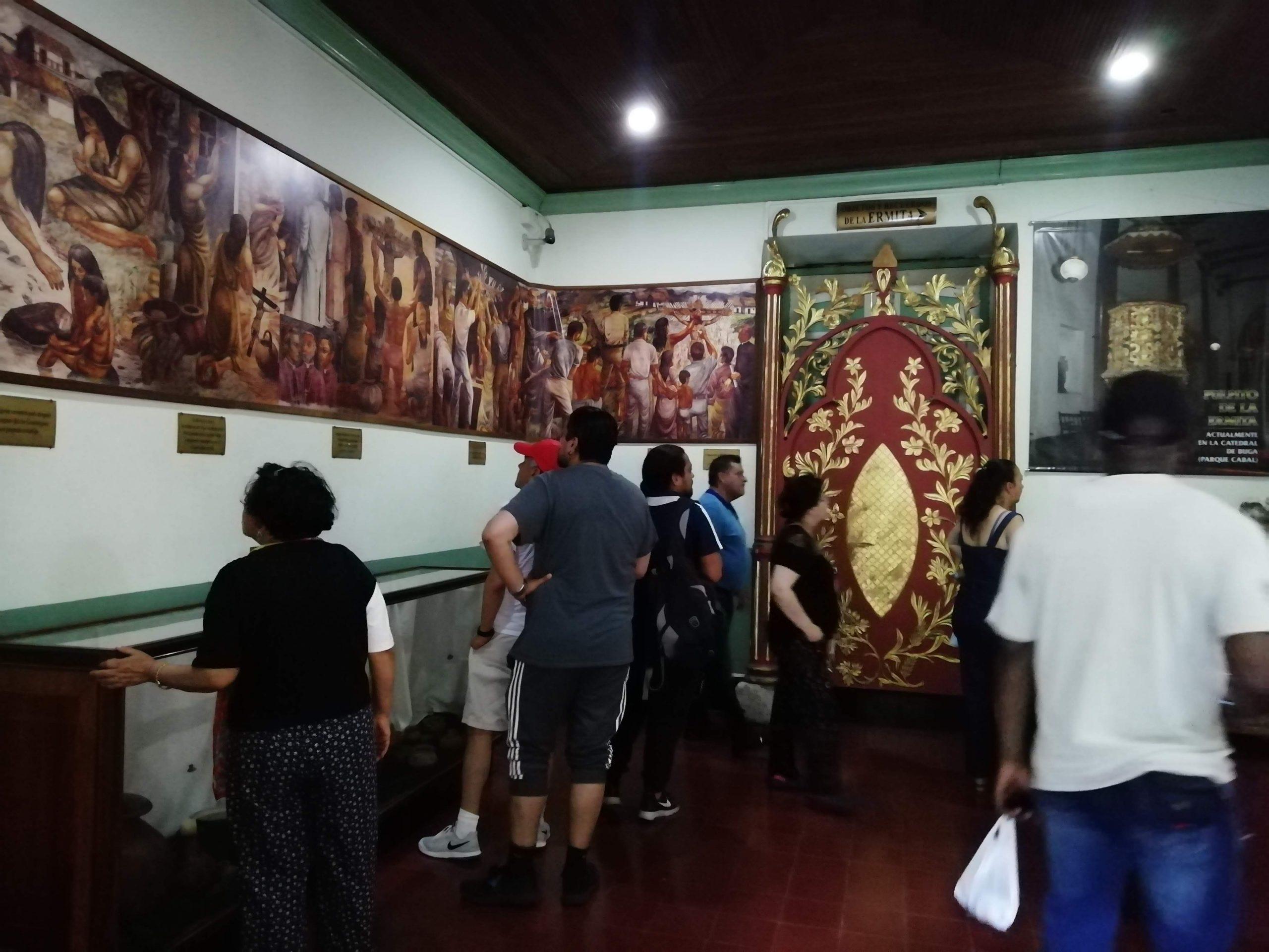 Sala de Muestra en el museo de la Basílica Buga