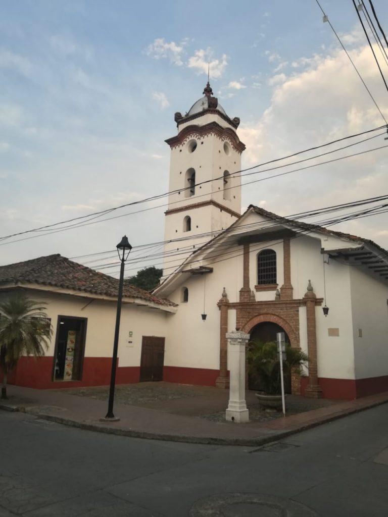 Iglesias en Buga